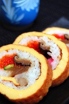 Rolled Omelet Sushi 伊達巻き寿司