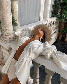 My white summer suit is finally complete 🕊 Lingerie Chic, Lingerie Fine, Photography Poses, Fashion Photography, Photographie Portrait Inspiration, What Should I Wear, Summer Suits, Summer Aesthetic, Fashion Today