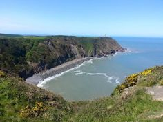 This is a 10 mile circular walking route in Hartland, Devon which took me 5 hours to complete on a fabulous day of glorious sunshine. South West Coast Path, Walking Routes, North Devon, Walks, Country, Places, Outdoor, Outdoors, Rural Area