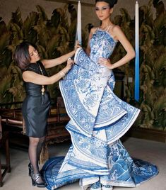 Guo Pei, The Queen of China's Haute Couture  Uploaded By www.1stand2ndtimearound.etsy.com