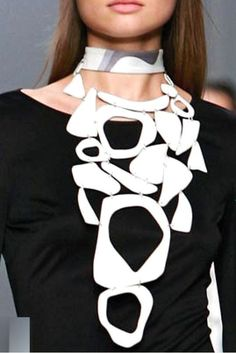 Necklace |  Emilio Pucci.  White enamel necklace- été 2007.