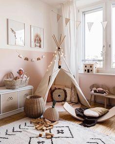 Colores para habitaciones infantiles 2020 | DecoPeques Playroom Rug, Baby Playroom, Playroom Design, Kids Room Design, Room Kids, Kids Room Rugs, Playroom Furniture, Playroom Storage, Playroom Ideas