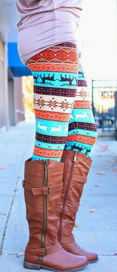 This website had TONS of cute leggings! I actually own the leggings in this photo! Fall Winter Outfits, Autumn Winter Fashion, Winter Style, Aztec Leggings, Printed Leggings, Patterned Leggings, Coloured Leggings, Black Leggings, Colorful Leggings