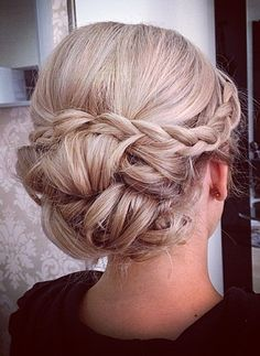 - - # indian Hairstyles updo - New Site Indian Wedding Hairstyles, Bride Hairstyles, Pretty Hairstyles, Easy Hairstyles, Wedding Hair Down, Wedding Hair And Makeup, Bridal Hair, Wedding Updo With Braid, Quinceanera Hairstyles