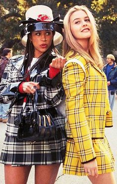 11 Genius Group Costumes That Will Win Your Halloween Party Need a last minute group halloween costume? The Clueless girls! More More from my site 29 Genius Last Minute College Halloween Costume Ideas for Parties Cheetah Girls Outfits Clueless, Clueless Fashion, 90s Fashion Grunge, 2000s Fashion, Clueless 1995, Fashion Movies, Dionne Clueless, 70s Outfits, Clueless Quotes