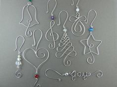 FIVE beads Christmas ornament hooks - wire ornament hangers with beads for unique Christmas decorations - wire Christmas tree decorations - FIVE Beaded Christmas Ornament Hook Wire by WireExpressions - Wire Ornaments, Unique Christmas Decorations, Ornament Hooks, Beaded Christmas Ornaments, Christmas Jewelry, Christmas Crafts, Tree Decorations, Christmas Holidays, Ornament Tree
