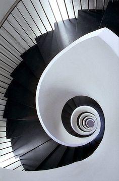 #blackandwhite #stairs #stairwell #spiral #architecture #interiordesign #decor #homes #modern #sleek