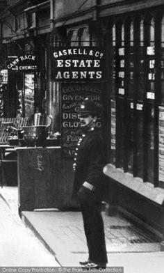 Photo of London, Policeman 1906 from Francis Frith London Pictures, London Photos, Old Pictures, Old Photos, Victorian London, Vintage London, Old London, London History, British History