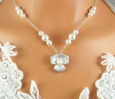 Beautiful Magnolia Necklace