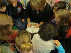 The Great Gingerbread Man Hunt! Gingerbread Man Activities, Nursery Rhymes Preschool, Traditional Tales, Ginger Bread, Eyfs, School Ideas, Literacy, Kindergarten, Christmas