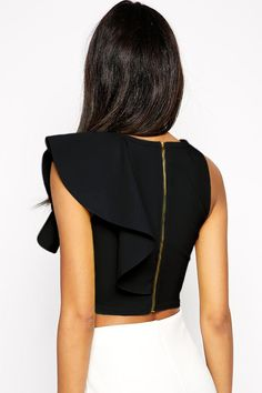 Ruffle crop top in all shades looks extremely elegant and sexy as well from any angle. Breathable tight bodice with one shoulder design and ruffle detail on left is more chic, back zipper closure, this admired crop top is perfect to pair with any of tight pants and skirt. Ships in : 1-3 business days Estimate delivery - US/Canada 5-10 work days - All other areas 7-15 work days Return policy It is easy to return to our Florida Fulfillment Center within 30 days of delivered date Request: 1…