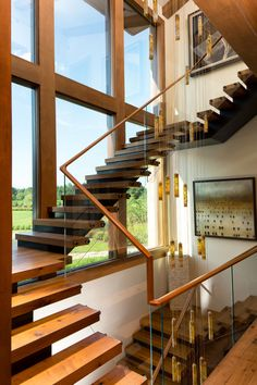 modern-and-exquisite-floating-staircase4