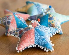DIY Starfish Pin Cushion.... http://www.completely-coastal.com/2017/02/starfish-shaped-pillow-ideas-diy-shop.html
