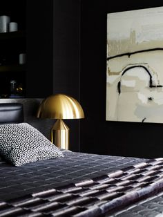 Melbourne House by Greg Natale Australian Interior Design, Home Interior Design, Atollo Lamp, Melbourne House, Transitional Bedroom, Beautiful Bedrooms, Modern Chairs, Cheap Home Decor, Decor Styles