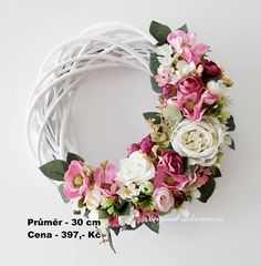 Fabric Wreath, Diy Wreath, Grapevine Wreath, Summer Door Wreaths, Easter Wreaths, Outdoor Wreaths, Felt Flowers, Flower Crafts, Decoration