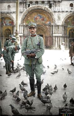 Here is a collection incredible colorized photos showing everyday life of soldiers from 1914-1918, during World War One. More info: Flickr (h/t: vintag.es)