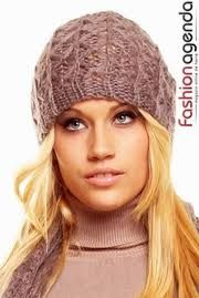 Imagini pentru caciuli crosetate dama Knitted Hats, Winter Hats, Beanie, Knitting, Fashion, Moda, Tricot, Fashion Styles, Breien