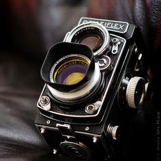 1952-53 Rolleiflex Planar f/2.8 80mm Medium Format Camera    A new addition,