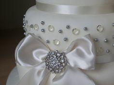 Image result for wedding cake edible diamonds