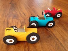 Kid's craft---- toilet paper roll race cars !