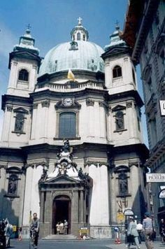 Vienna for free, Travel Guide on Tripadvisor Architecture Old, Beautiful Architecture, Austria, European Road Trip, St Peter's Church, What To Do Today, Tour Tickets, Place Of Worship, Free Travel