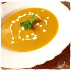 IMG_4698 Thai Red Curry, Ethnic Recipes, Soups, Food, Turmeric, Essen, Soup, Meals, Yemek