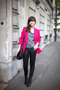 Pink blazer, gray top, black pants and black heels