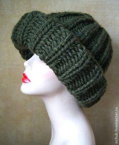 Шапка женская вязаная Зеленая Модная объемная из толстой пряжи. Handmade.
