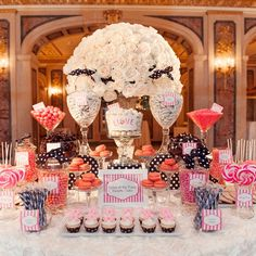 Eloise inspired desert and candy table | A Day Of Bliss Wedding Photography By Wolfgang Freithof
