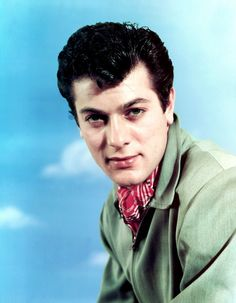 Tony Curtis... Hollywood Actor, Classic Hollywood, Tony Curtis, Classic Movies, Golden Age, It Cast, Cinema, Actors, Movie Posters