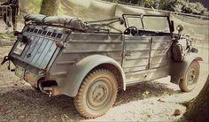 Military Car, Military Vehicles, Vintage Cars, Antique Cars, War Dogs, Tv Ads, Vw Volkswagen, Vw Beetles, Motor Car