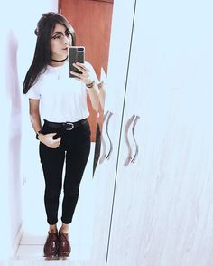 ���� . . . . #outfit #ootd #ootn #retro #halfbun #edit #vsco #vscocam #vscox #tumblr #vintage #hipster #oxfordshoes #white #glasses #retroglasses #feed #theme #mirror #mirrorshot #mirrorpic #necklace #choker #watch http://butimag.com/ipost/1554747372948839230/?code=BWTkn-QFls-