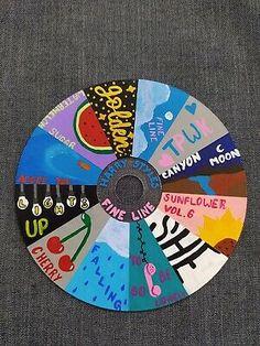 Las mejores ofertas para Harry Styles Fine Line Painted Cd están en eBay ✓ Compara precios y características de productos nuevos y usados ✓ Muchos artículos con envío gratis! Easy Canvas Art, Small Canvas Art, Mini Canvas Art, Diy Canvas, Harry Styles Dibujo, Harry Styles Drawing, Harry Styles Cd, Vinyl Record Art, Vinyl Art