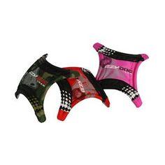 """12E - frisbee-dogstar-ezydog-chien. -Le DogStar Ezydog est un jouet frisbee dépliable adapté pour tous les jeux autours de l'eau car il flotte. Le DogStar Ezydog est fabriqué en nylon et est très resistant. Sa forme sur 4 """"pieds"""" facilite son ramassage par le chien. Le DogStar Ezydog est disponible en 2 couleurs : camouflage vert et camouflage rose."""