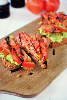 Bacon Tomato Avocado Smashed Toast l SimplyScratch.com