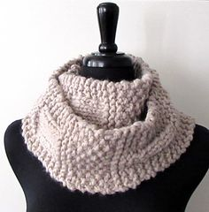 Ample Sample Chunky Scarf from Acts of Knittery made from just one skein of Lion Brand Wool-Ease Thick & Quick yarn: chunky scarf, sampler scarf, chunky cowl, easy knitting pattern, moss stitch, rib, DIY