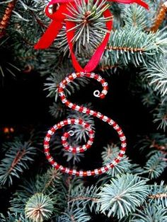 Christmas Finds on Etsy: Ornaments -So easy to make.