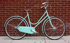 Abici Grantourismo. Italian-made bicycle. Leather seat. Great color.