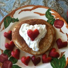 valentine foods | Valentine breakfast! | food - make heart shaped pancake too.