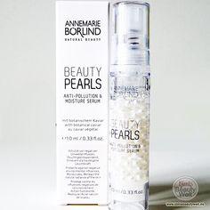 Hallo Beautys,  Dank eine Freundin hatte ich die Gelegenheit ein außergewöhnliches Pflegeprodukt zu testen: Das Annemarie Börlind Beauty Pearls Anti-Pollution & Moisture Serum in Form von schimmernden Perlen. Mehr dazu findet ihr auf meiner Seite. (Link in Bio)  #annemarieborlind #beautypearls #pearls #love @annemarieboerlind