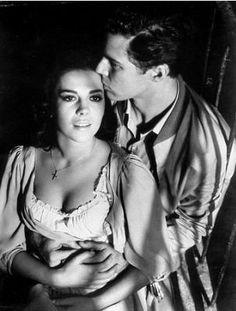 Tony  Maria - West Side Story (1961) Natalie Wood and Richard Beymer