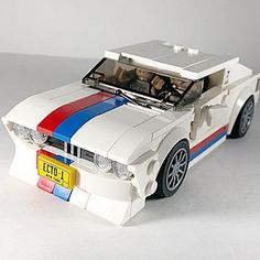 1988 BMW I used to have a radio-controlled when I was 6 years old. I loved that car. It felt so sexy, elegant and powerful. This build is my attempt at rebuilding that Nostalgia. Lego Auto, Lego Car, Easy Lego Creations, Lego Speed Champions, Lego Builder, Lego Vehicles, Awesome Lego, Custom Lego, Lego Technic