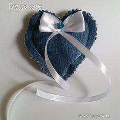 Esküvői farmer szív alakú masnis gyűrűpárna - 500 Ft - Nézd meg Te is Teszveszen - Gyűrűpárna - http://www.teszvesz.hu/item/view/?cod=2473841879