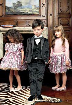 I love that little boy's style!