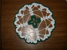 Age's Crochet Pages--Patterns--4 Leaf Clover Doily... Free pattern!... These would be pretty sewn on felt for mug rugs!