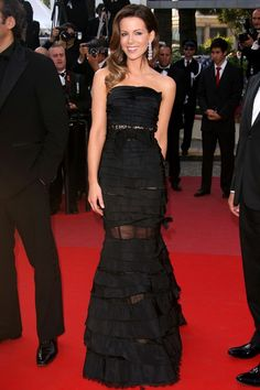 Kate Beckinsale - Cannes 2010 in Nina Ricci