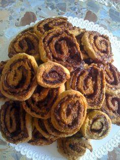 ecco a voi questi dolci biscotti...girelle integrali con cioccolato