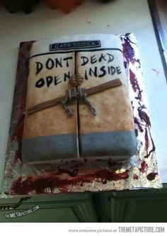 Awesome 'The Walking Dead' Cake…