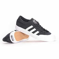 Adidas Matchcourt ADV Skate Shoes Mens: Deconstructed upper Durable rubber toe cap