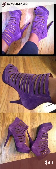 VS Peep toe leather plum colored heels- sz. 9 Victoria Secret Colin Stuart genuine leather heels, size 9. Peep toe with a cage effect; 5 1/2 inch heel with a 1 inch platform. Zipper back closure. No box. NO OFFERS PLEASE Colin Stuart Shoes Heels